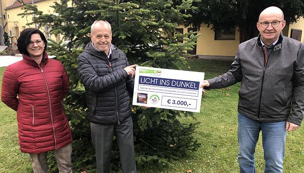 SV Königstetten spendet für Licht ins Dunkel